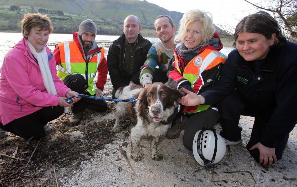 14 year old Springer Spaniel Sam, who was trapped on the mountains at Glencar for five days is reunited with his owners, thanks to Sligo/Leitrim Mountain Rescue team at Glencar Co. Sligo. L-R Annie Gilmartin, owner, Conal Sexton, mountain rescue, Andy Gilmartin, Mark Magennis who found the dog, Heidi Wickham, mountain rescue and Mairead Gilmartin. Photo: James Connolly / PicSell8